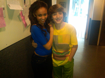 File:335px-Vanessa and Jake.png