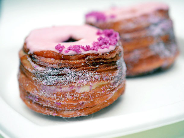 File:20130512-251869-Dominique-Ansel-Bakery-cronut-1-edit.jpg