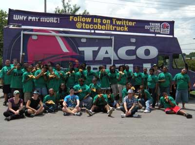 File:Tacobell-truck-21.jpeg