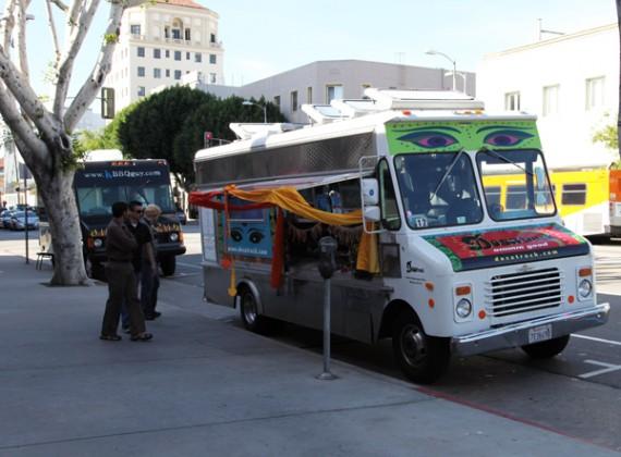 File:Dosa-truck-570x420.jpg