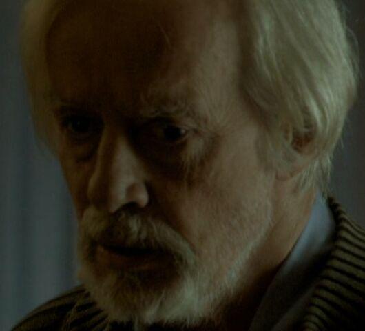 File:Older resident 1x08.jpg