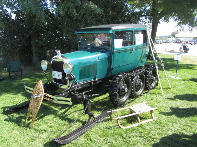 File:Early Ford Snow Machine.jpg