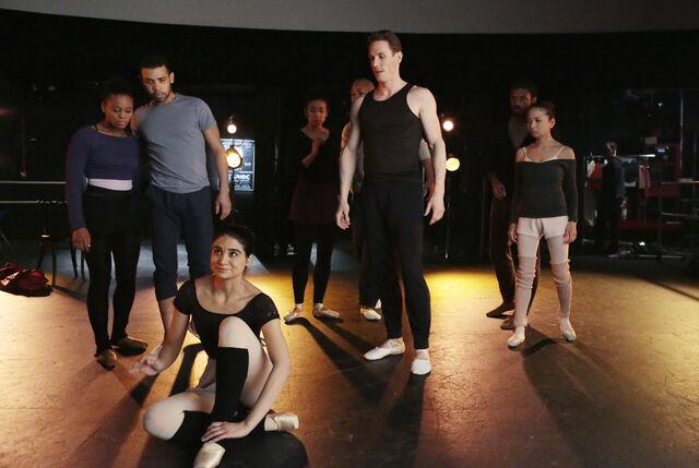 File:20 - ballet dancers.jpg