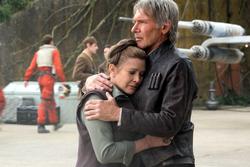 Han and Leia hug TFA.png