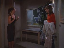 7x02-Father-of-the-Bride-frasier-21796162-500-375