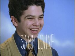 Opening-Credits-Samm-Levine-freaks-and-geeks-17545212-800-600