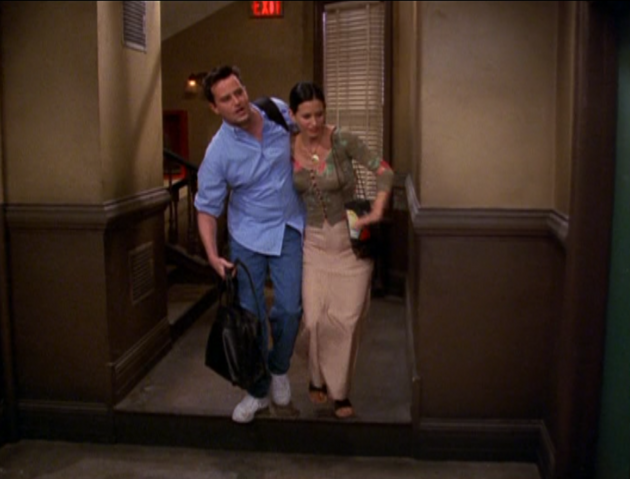 File:Chandler and Monica (6x01).png