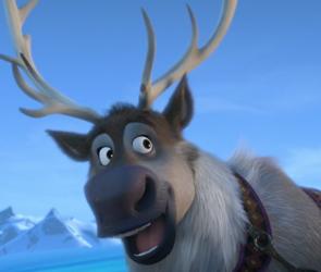 File:Sven at ice palace.png