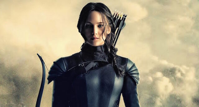 Fichier:Mockingjay 2 Katniss.jpg