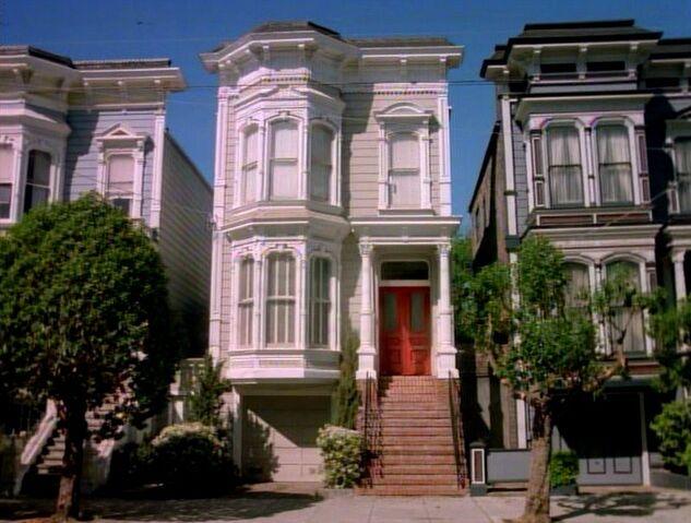 File:Tanner-family-Victorian-1882-Girard-San-Francisco-Full-House.jpg