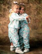 Full-house-mary-kate-ashley-olsen-today-160105 2d17ee9d39e8fc09b0fe49ac1034ec45.today-inline-large