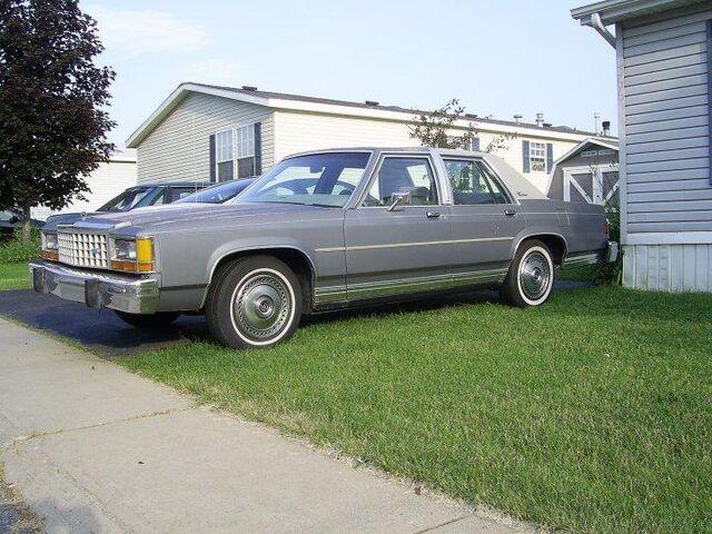 File:Roy Mustang's 1985 Ford LTD Crown Victoria.jpg