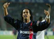 Ronaldinho no Paris Saint-Germain.jpg