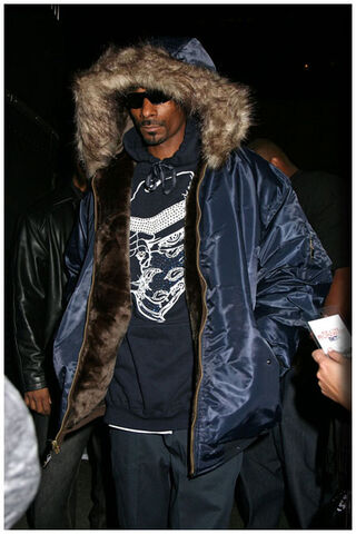 File:Snoop Dogg 022208-1-.jpg