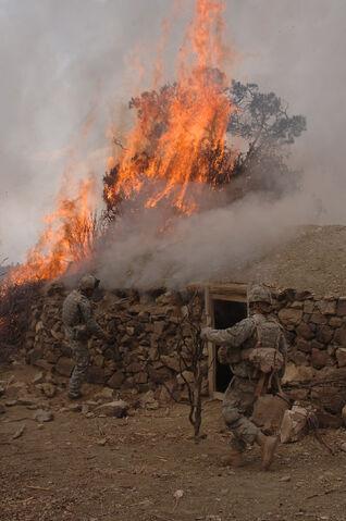 File:GIs burn a suspected Taliban safehouse.jpg