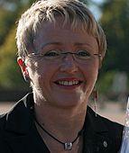 Liv Signe Navarsete Sp Samferdselsminister 20051017 (cropped)