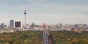 Berlin - Siegessaeule Aussicht 10-13 img4 Tiergarten (cropped)