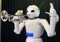 1416 30 Music-playing-Toyota-robot
