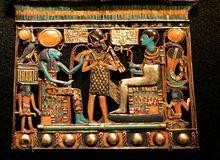 Artifacts-from-tombs-of-the-Egyptian-boy-King-Tutankhamun