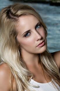 Heather Goodhead (B)