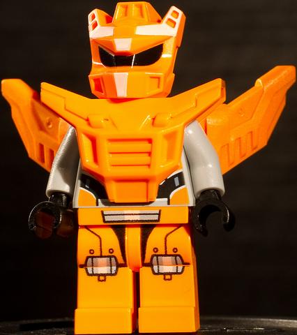 File:Orange Robot 1.png