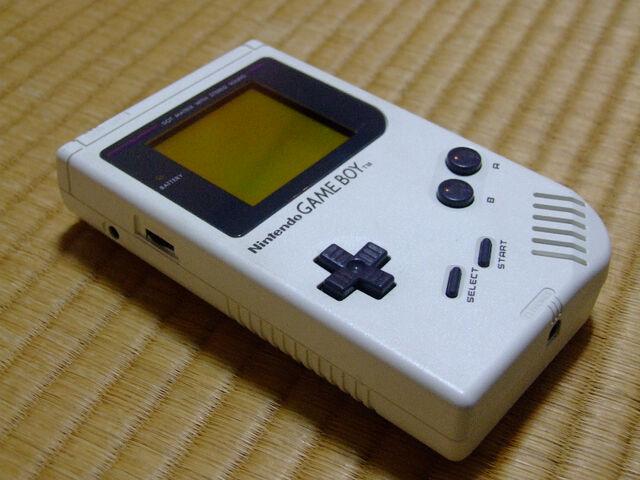 File:White-gameboy-nintendo2.jpg