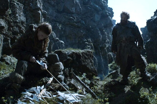 File:Tormund and Ygritte-Two Swords.jpg