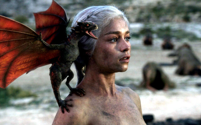 Файл:Daenerys and dragon.jpg