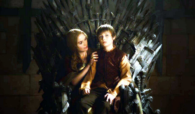 File:Cersei and Tommen 2x09.jpg