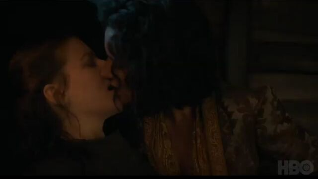 File:S7 Trailer Ellaria kissing Yara.jpg