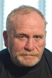 File:James-Cosmo-200.jpg