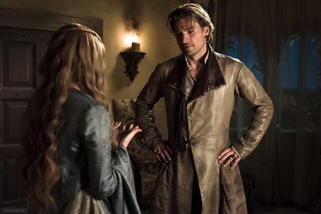File:Jaime riding coat costume full view.jpg