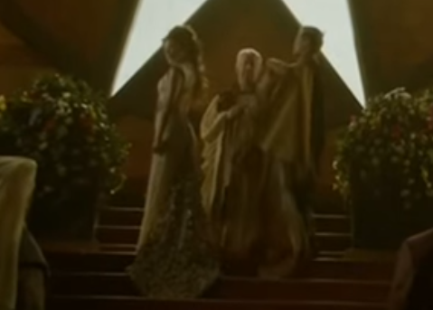 File:402 Joffrey cloaking Margaery.png