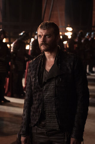 File:Euron in the Throne Room.jpg