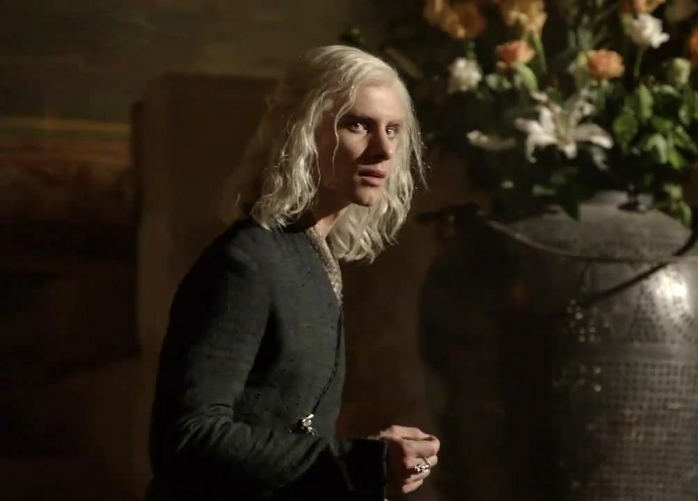 Archivo:Viserys Targaryen.jpg