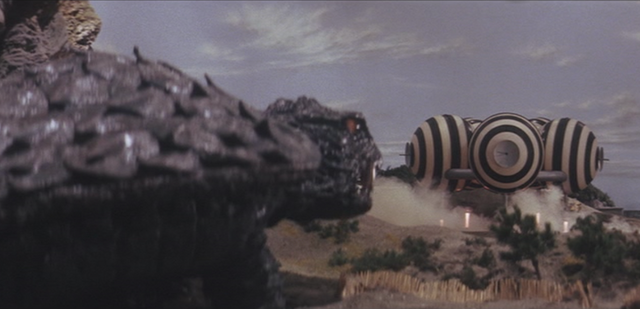 File:Gamera - 4 - vs Viras - 6 - Gamera obeys the aliens because if he does not then two boys will be killed.png