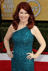 Kate-flannery-19th-annual-screen-actors-guild-awards-01
