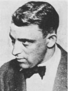 File:Earl 'Hymie' Weiss 1920.jpg