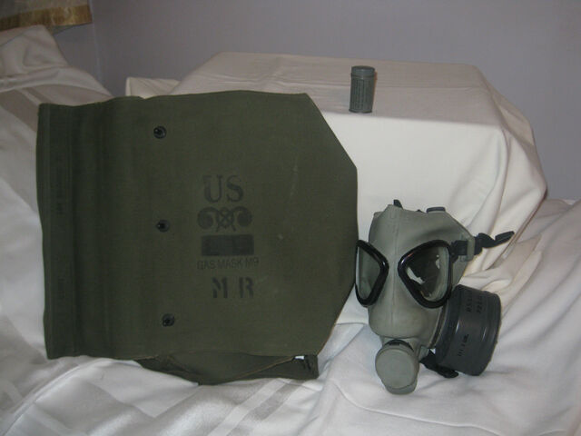 File:M9 Gas Mask.jpg