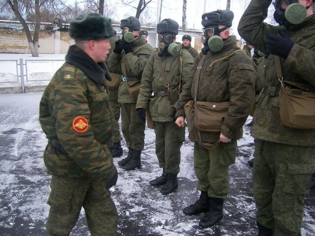 File:Russian Soldiers Wearing PMK-1 Gas Masks.jpg