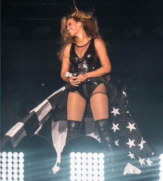 File:Beyonce on the run tour outfit4.jpg