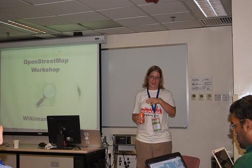 File:Woman presenter at Wikimania 2013.jpg