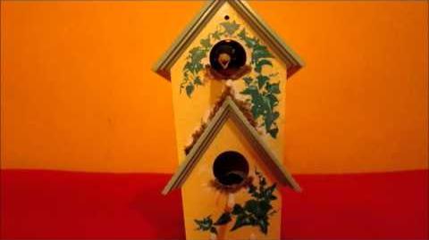 Gemmy - Animated Birdhouse Singing Robins