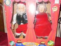 GEMMY DANCING CLAUS COUPLE SWINGING SWAYING MUSIC SANTA MRS CHRISTMAS 4