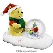 Pooh animated snowglobe