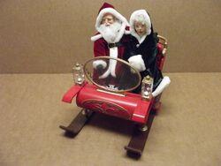 Santa & Mrs. Claus ''A Sleigh Ride'' Gemmy Synchro Motion Animated Musical