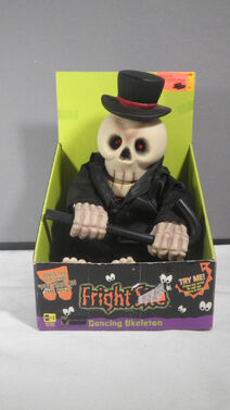 Vintage 1999 Toys R Us Putting On The Ritz Skeleton with Sound & Motion with box