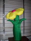 AIRBLOWN INFLATABLE 4' SPRING FLOWER
