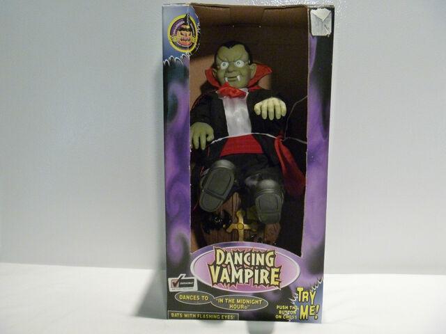 File:Animated dancing vampire.jpg