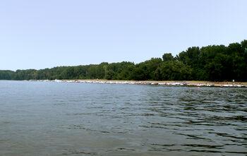 Boaters on Hogback Island